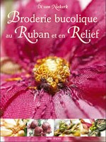 Broderie bucolique au ruban et en relief